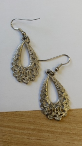 Silver dangly earings