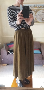 Karen Kane khaki rayon skirt, £10